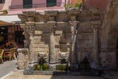 Rethymno, Grèce 26 juillet 2016 : La fontaine de Rimondi Photographie stock libre de droits