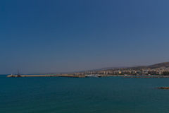 Rethymno Grekland - Juli 30, 2016: Panoramautsikt till Rethymno f Royaltyfri Foto