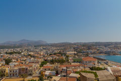 Rethymno Grekland - Juli 30, 2016: Panoramautsikt till Rethymno fr Royaltyfri Bild