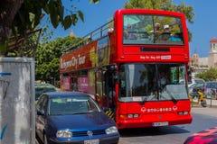 Rethymno, Griechenland - 31. Juli 2016: Touristischer Bus Lizenzfreies Stockbild