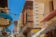 Rethymno, Griekenland 26 juli 2016: Winkeltekens in de Oude Stad Stock Foto's