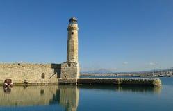 Rethymno-Hafenleuchtturm lizenzfreie stockbilder