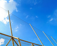 Reti nel cielo blu Fotografie Stock Libere da Diritti