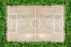 Reticolo del campo di calcio sul documento del grunge Fotografia Stock