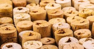 Reticolo della priorità bassa dei sugheri delle bottiglie di vino Fotografie Stock