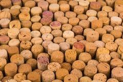 Reticolo della priorità bassa dei sugheri delle bottiglie di vino Fotografia Stock Libera da Diritti