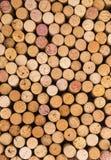 Reticolo della priorità bassa dei sugheri delle bottiglie di vino Fotografia Stock