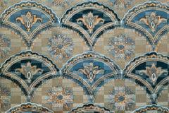 Reticolo della tessile della tappezzeria con l'ornamento floreale immagini stock libere da diritti