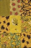 Reticolo giallo della trapunta fotografia stock