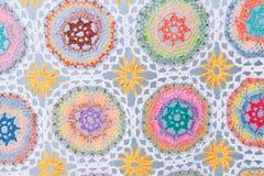 Reticolo Handmade del tessuto del crochet immagine stock libera da diritti