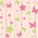 Reticolo senza giunte con i fiori e le farfalle Fotografia Stock Libera da Diritti