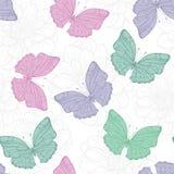Reticolo senza giunte con le farfalle ed i fiori Fotografia Stock