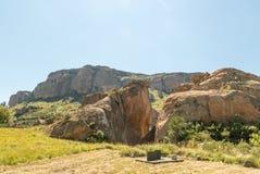 Retiefklip historisk plats i det fria tillståndet nära Oliviershoek Pas Royaltyfria Foton