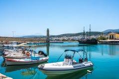 RETIMNO, KRETA, GRIECHENLAND JUNI 26 - 2017: Ansicht des Retimno-Hafens, Kreta, Griechenland Lizenzfreie Stockfotografie