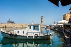 RETIMNO, KRETA, GRIECHENLAND JUNI 26 - 2017: Ansicht des Retimno-Hafens, Kreta, Griechenland Stockfoto