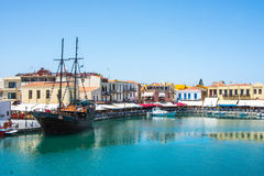 RETIMNO, KRETA, GRIECHENLAND JUNI 26 - 2017: Ansicht des Retimno-Hafens, Kreta, Griechenland Lizenzfreies Stockbild