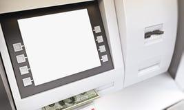 Retirada de dinheiro do ATM Fotografia de Stock