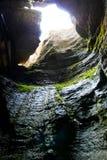 Retire da caverna Imagens de Stock Royalty Free