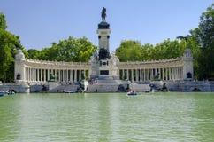Retiro Parkowy jezioro, Madryt Zdjęcia Royalty Free