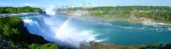 Retoucheerd panorama van Niagara Falls Stock Afbeelding