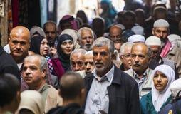 Retour de personnes de prière de vendredi l'Israël Jérusalem photographie stock