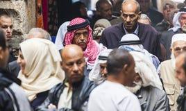 Retour de personnes de prière de vendredi l'Israël Jérusalem photo libre de droits