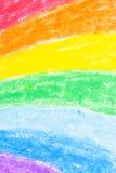 Retrait de crayon de l'arc-en-ciel de l'enfant images stock