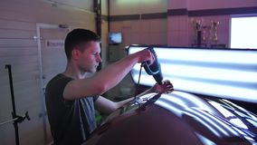 Retrait de r?paration de bosselure de Paintless Le type réchauffe la surface de la voiture même à la bosselure sans peinture Lamp clips vidéos