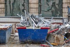 Retrait des débris Déchets de construction Démolition de bâtiment deva photo stock