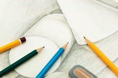 Retrait et crayons Photos stock