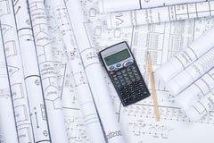 Retraits, calculatrice, crayon Photos stock
