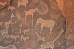 Retraits de caverne de Petroglyth   images libres de droits