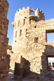 retranchez-vous avec des remparts et des murs des pierres rouges, rura de Villafames Image libre de droits