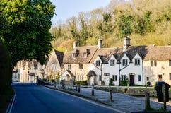 Retranchez-vous Combe, Cotswolds, égalisant le soleil, l'Angleterre Images libres de droits