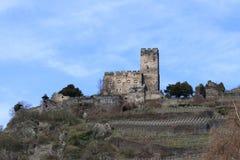 Retranchez-vous Gutenstein au village Kaub, région de Middlerhine, Allemagne image libre de droits