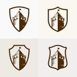 Retranchez-vous la forteresse sur le bouclier, illustration d'icône de vecteur Photo stock