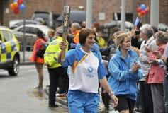 Retransmisión 2014 del bastón del ` s de la reina de los juegos de la Commonwealth Perth Escocia Reino Unido Imagenes de archivo