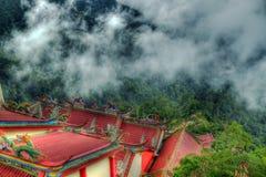 Retratamiento religioso de la montaña. Fotografía de archivo
