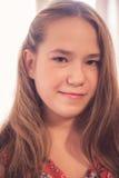 Retrato adolescente joven hermoso de la muchacha Imagenes de archivo