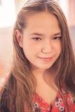 Retrato adolescente joven hermoso de la muchacha Imagen de archivo
