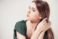 Retrato adolescente lindo de la muchacha Foto de archivo libre de regalías