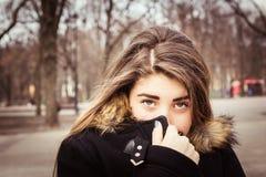 Retrato al aire libre de un adolescente Imagen de archivo