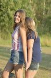Retrato al aire libre del grupo de adolescentes Foto de archivo libre de regalías