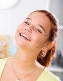 Retrato alegre de la muchacha Fotografía de archivo libre de regalías