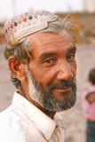 Retrato - ancião na praia de Clifton, Karachi Fotografia de Stock