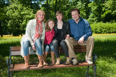 Retrato ao ar livre da família Fotografia de Stock Royalty Free
