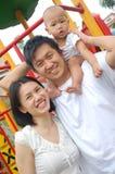 Retrato ao ar livre da família imagens de stock