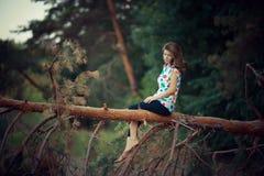 Retrato ao ar livre da menina fotografia de stock royalty free