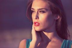 Retrato ao ar livre da mulher Foto de Stock Royalty Free