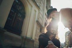 Retrato apacible del hombre y de la mujer junto, feliz, looki del primer Foto de archivo